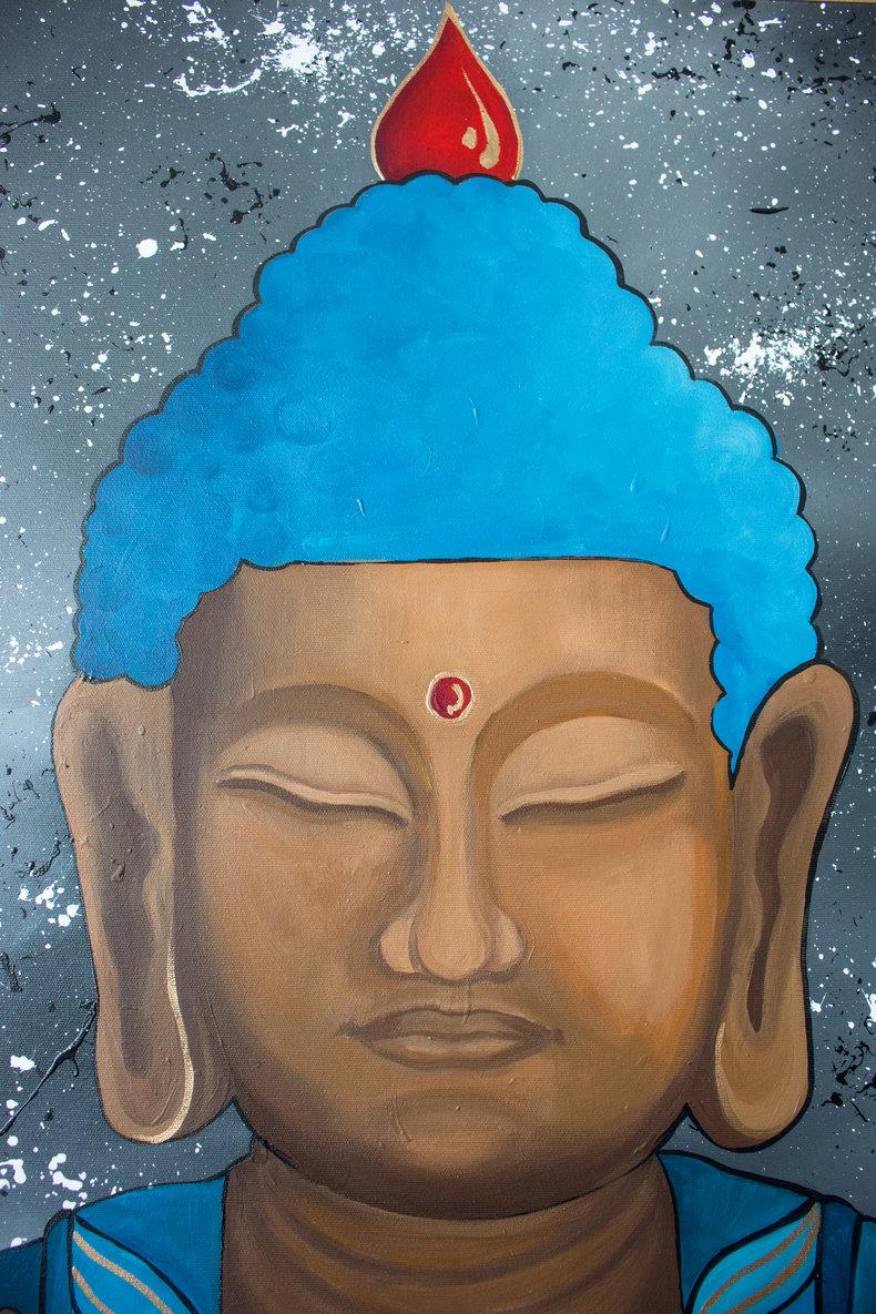 Budda medytujący w niebieskiej szacie